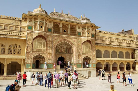 Our Taxi Service in Jaipur